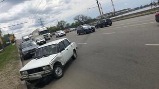 Воронежец пострадал в массовом ДТП с грузовиком