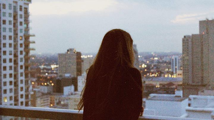 В Воронеже 13-летнюю школьницу довели до самоубийства родители подруги