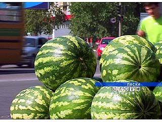 100 тысяч рублей ежегодно приносят в казну города Лиски торговцы арбузами