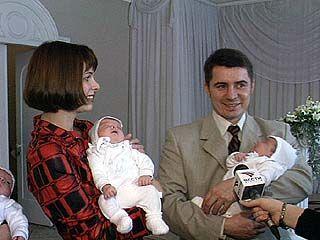 17 малышей зарегистрируют во Дворце бракосочетания