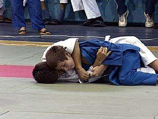 240 спортсменов приняли участие в первенстве по дзюдо
