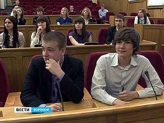 30 воронежских школьников ждёт экскурсия по Государственной Думе в Москве