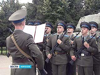 35 новобранцев первой в России научной роты присягнули на верность Родине