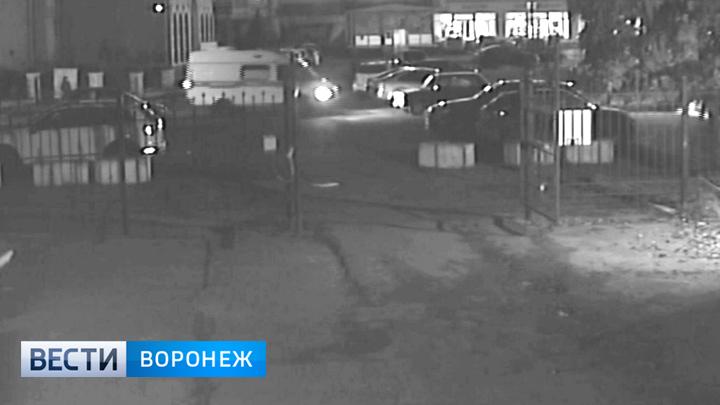Камера видеонаблюдения сняла ограбление воронежца на 15 миллионов