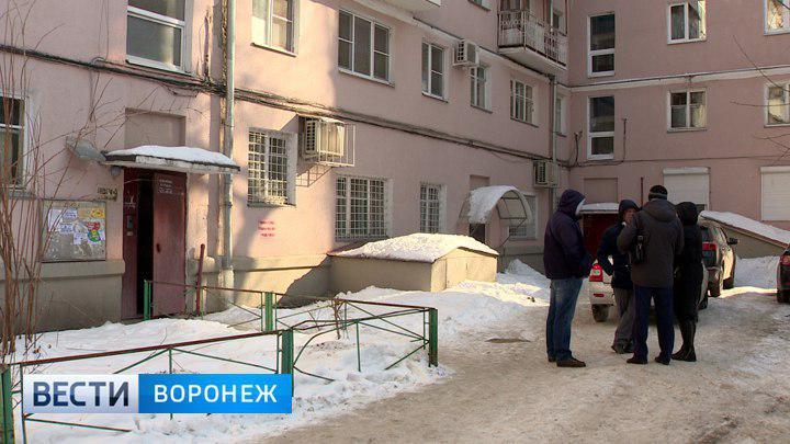 В квартире Воронежа нашли тела мальчиков 8 и 12 лет