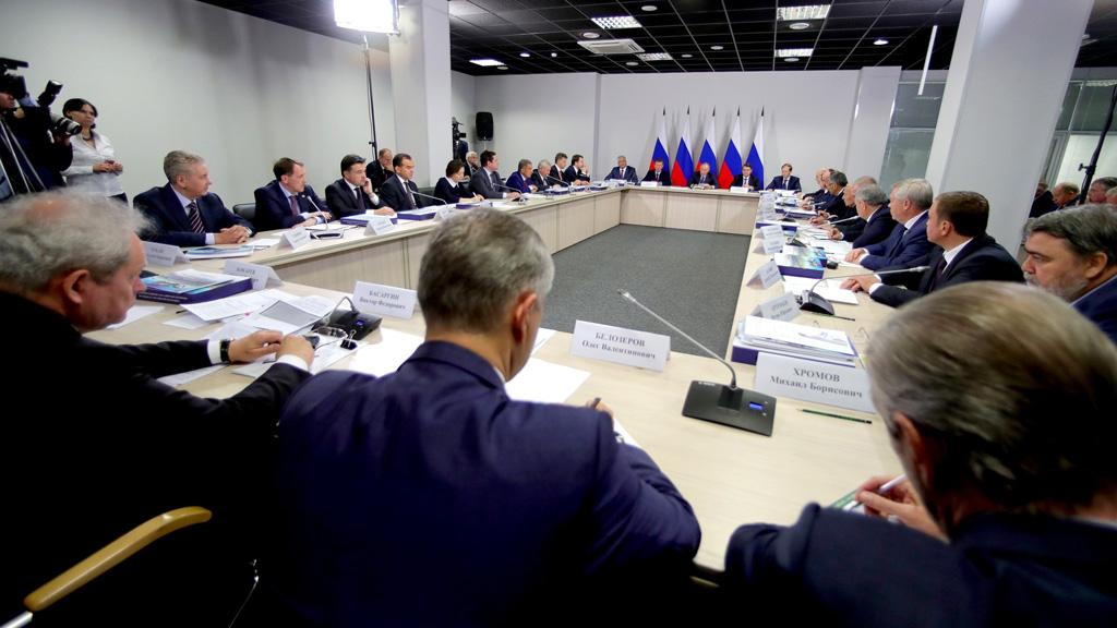 Воронежский губернатор попросил президента реструктурировать бюджетные долги регионов
