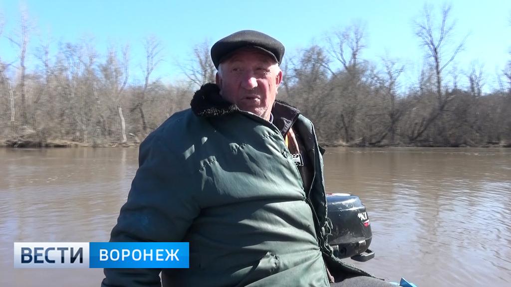 Спасший лётчиков упавшего Як житель Воронежской области: «Ветром их тянуло в сторону реки»