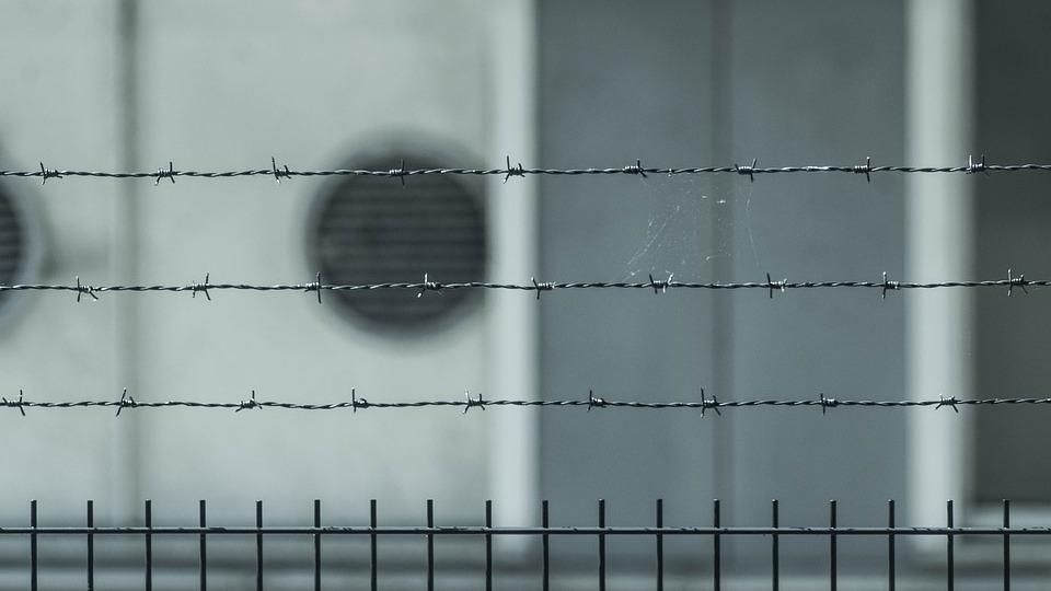 ВВоронеже начальника тюремной медсанчасти подозревали вмошенничестве на5 млн руб.