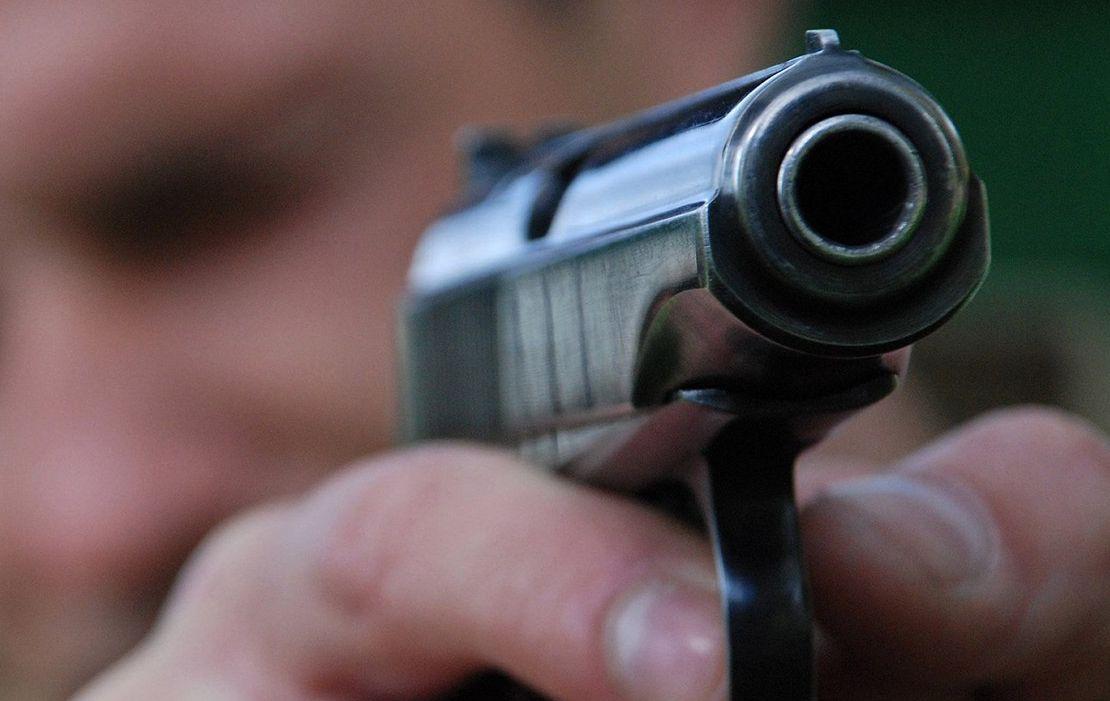 Воронежцы вызвали полицию из-за спора водителя маршрутки и вооружённого автомобилиста