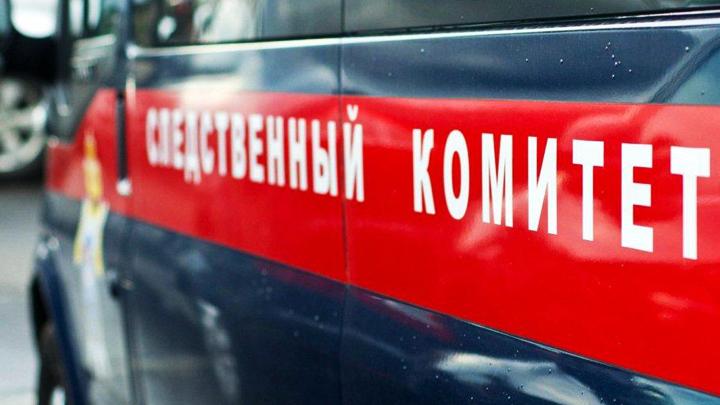 В Воронежской области на 58-летнего рабочего предприятия обрушилась железная балка