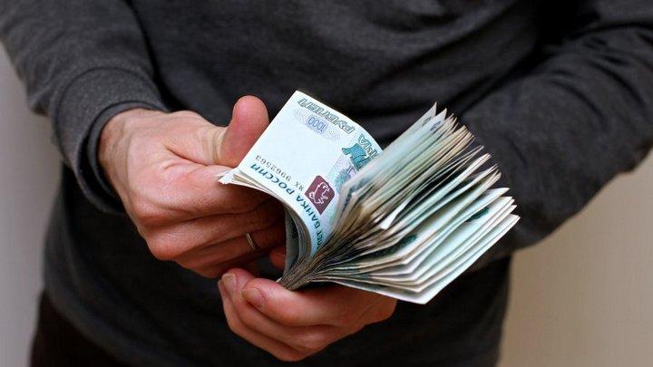 В Воронеже суд арестовал экс-следователя полиции за покушение на взятку