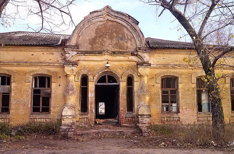 Депутаты нашли применение старинному разрушенному зданию в посёлке Сомово