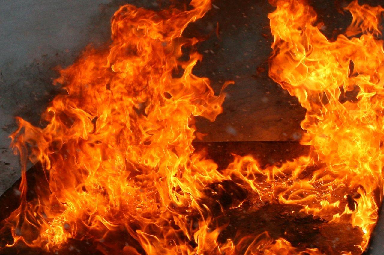 У погибшей при пожаре в Воронежской области семьи чудом остался в живых старший ребёнок