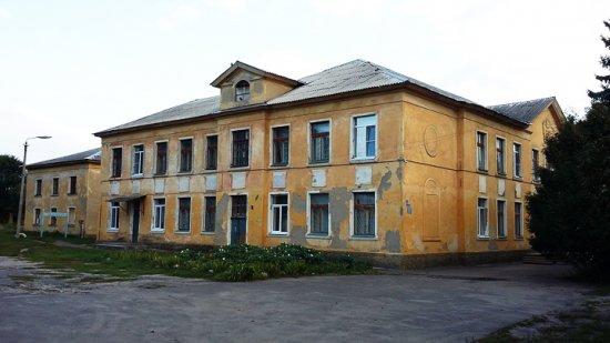 СК решил разобраться, почему в селе под Воронежем школьники вынуждены учиться в ветхом здании