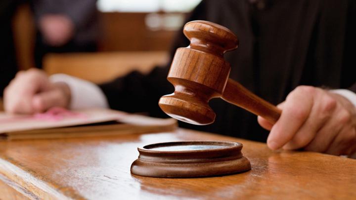 Отец обвиняемого в мошенничестве адвоката Шмакова покинет пост судьи Воронежского облсуда