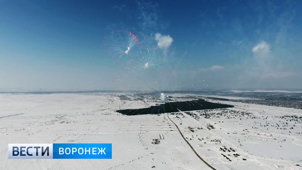 Уникальные кадры репетиции салюта в честь 23 февраля с высоты птичьего полёта над Погоново
