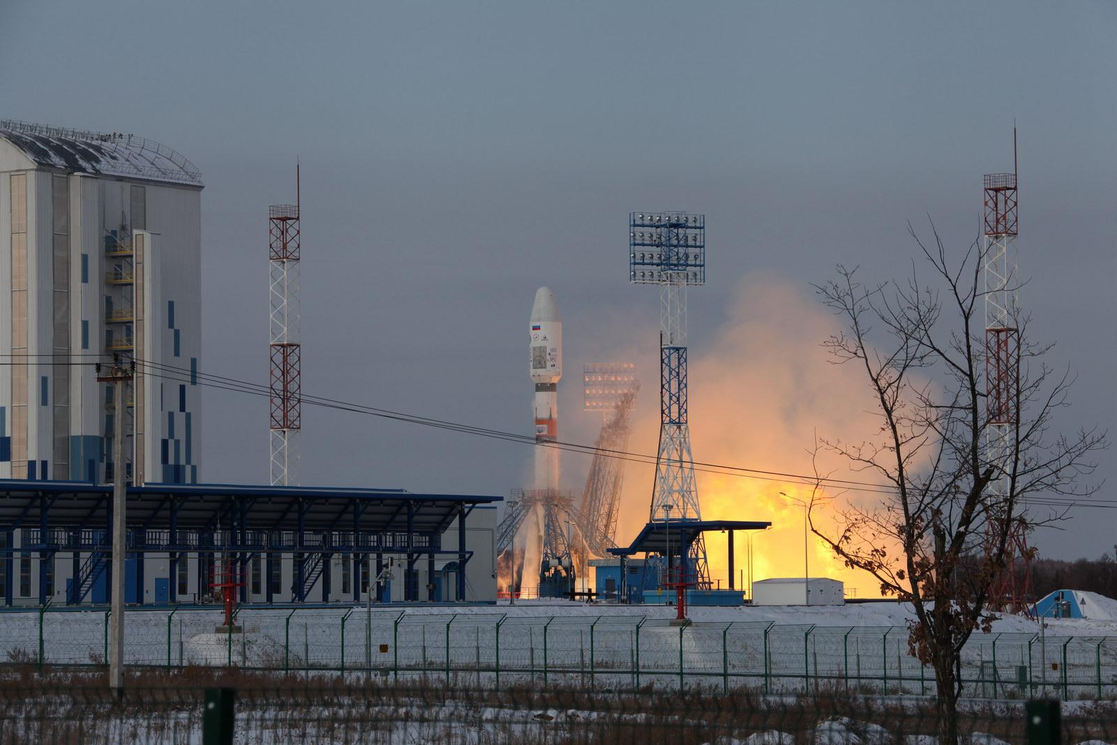 Ракета с воронежским двигателем вывела на орбиту военный спутник