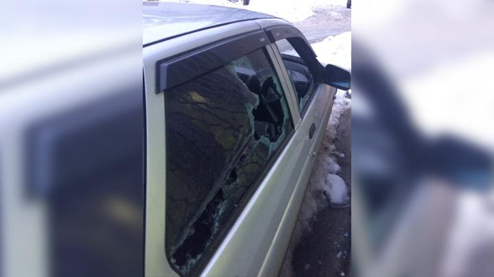Воронежец: «Водитель маршрутки битой разбил стёкла в моём автомобиле»