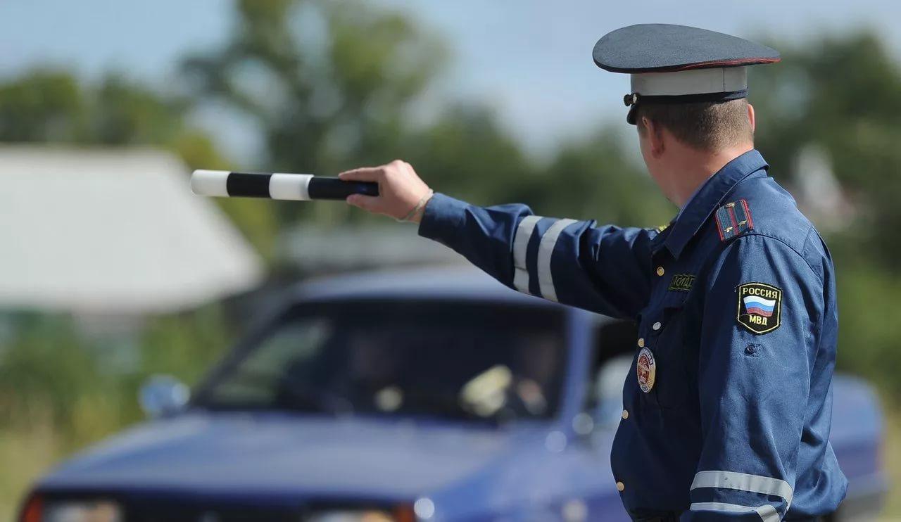 Запрет на съёмку инспекторов и «засады» от ДПС. Новый регламент ГИБДД вступил в силу