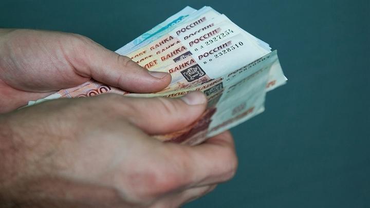 Воронежский суд арестовал двоих полицейских за взятки от работодателя нелегальных мигрантов
