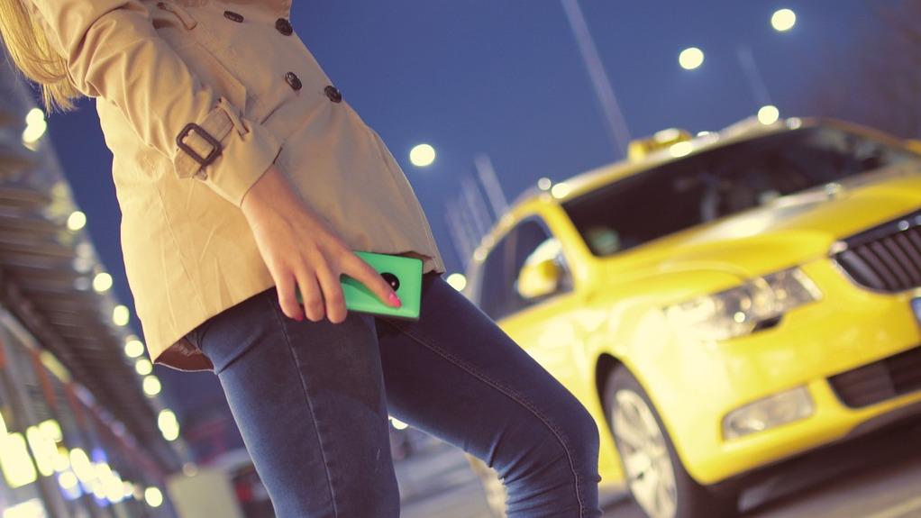 Пассажирка такси в Воронеже: «Водитель избил меня ногами»