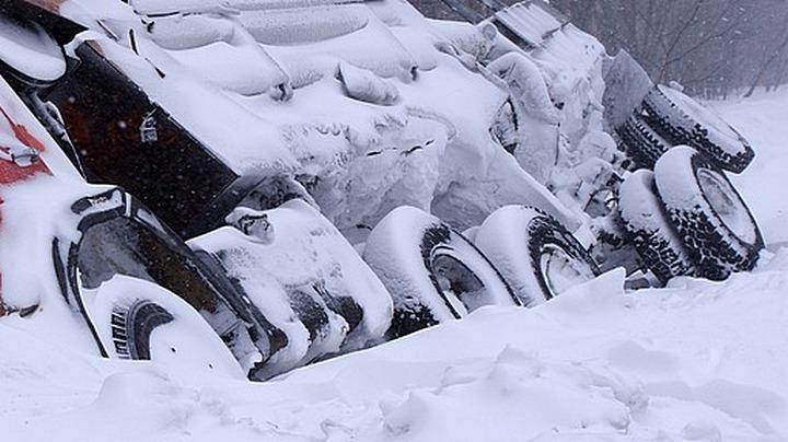 На воронежской трассе фура врезалась в «Газель» и иномарку: погиб пассажир грузовика