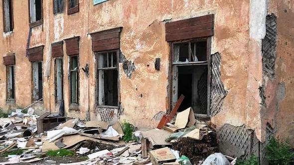В Воронеже летом под застройку освободят участки под 14 аварийными домами