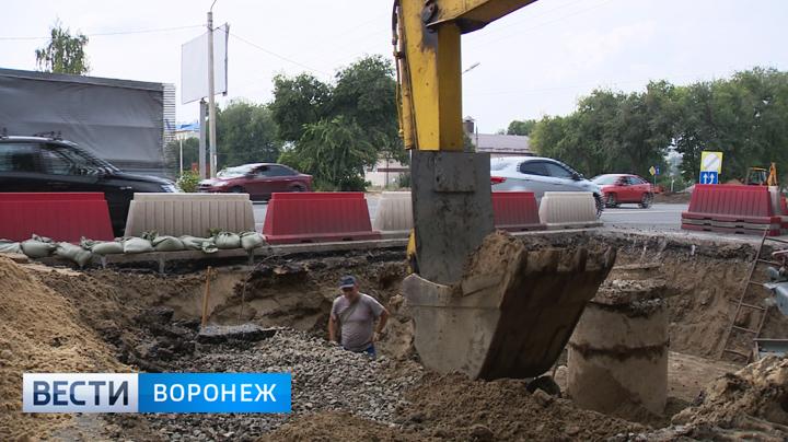 По разным причинам в Воронеже уже начали вскрывать новые дороги