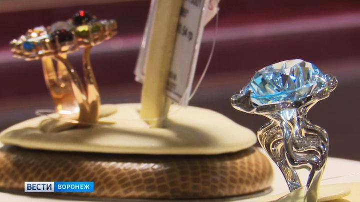 В Воронеже обанкротившийся ювелирный магазин в преддверии закрытия серьёзно снизил цены