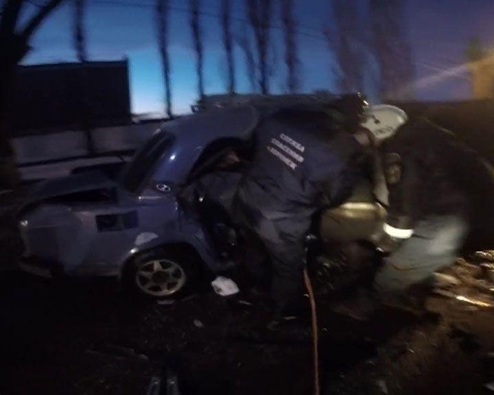 Воронежские спасатели опубликовали видео последствий смертельного ДТП