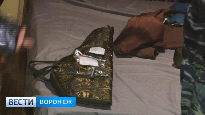 В полиции рассказали, из какого автомата стреляли в Воронеже с балкона