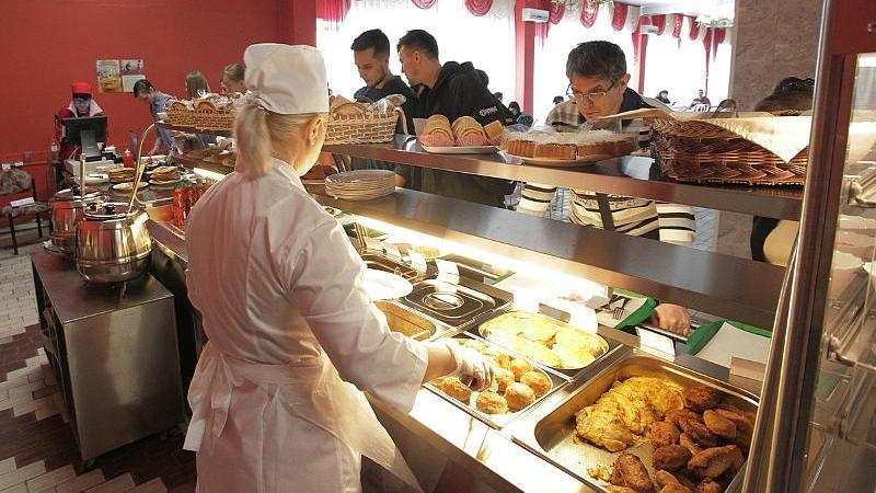 В Воронежском госуниверситете столовые открылись в новом формате