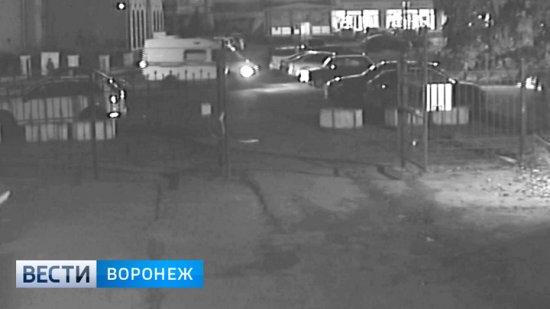 Заявившей о пропаже 15 млн рублей после нападения воронежец нашёл деньги в сейфе
