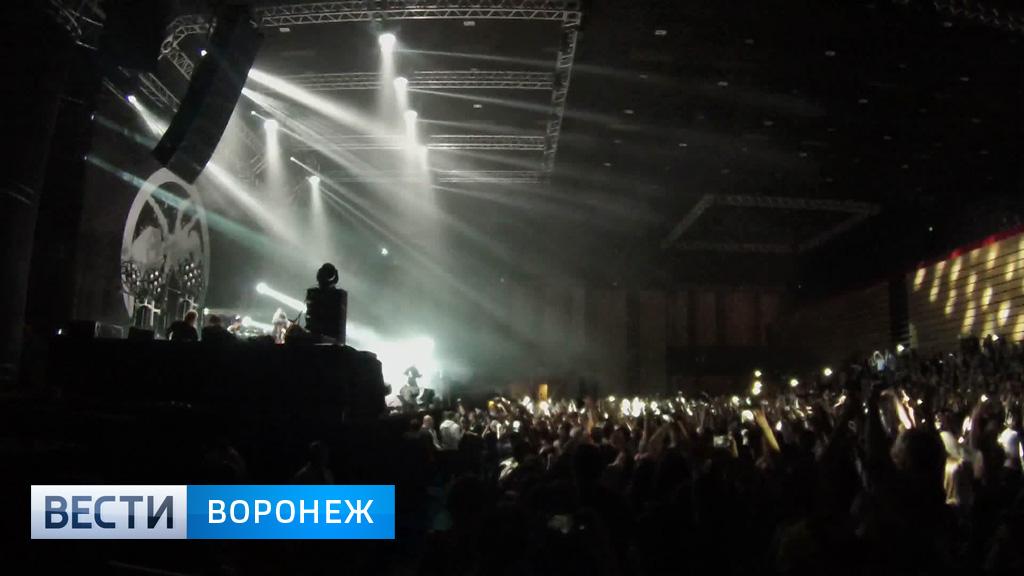 «The Prodigy» привезли 20 тонн звукового оборудования и всколыхнули Воронеж