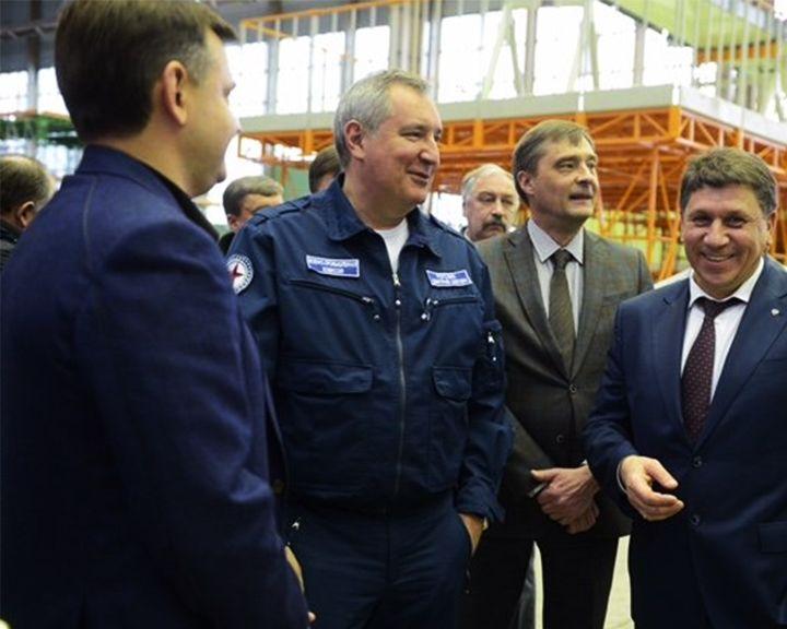Рогозин потребовал поднять внебо Ил-112 всередине лета