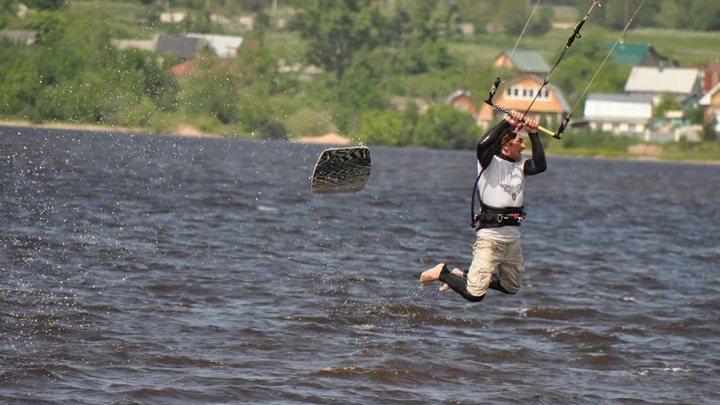Воронежцы приняли занимавшихся на водохранилище сёрферов за утопающих