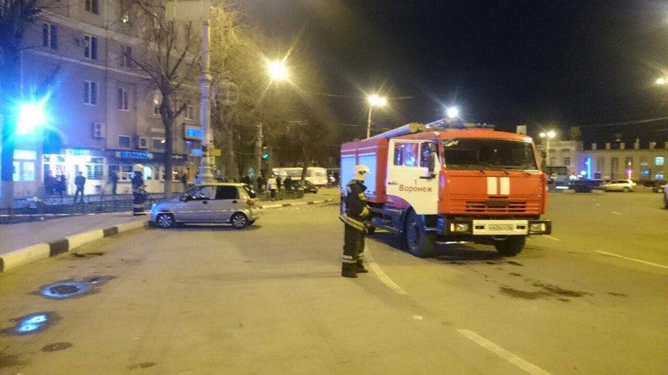 Из-за чертёжной тубы в Воронеже оцепили привокзальную площадь