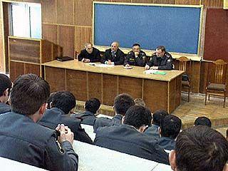 Администрация Ачхой-Мартановского района встретилась с будущими милиционерами