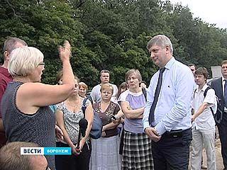 Александр Гусев провёл выездное совещание в микрорайоне Лесная Поляна