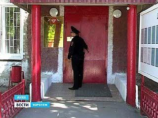 Аннинский полицейский за расследование вымышленного преступления получил уголовное дело