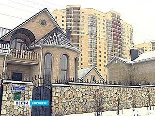 """Атака на """"долину нищих"""". Жители коттеджей против многоэтажной застройки на улице Шишкова"""