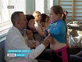 Беженцев массово отправляют на прививки. Воронежские врачи стараются не впустить в область возбудитель кори
