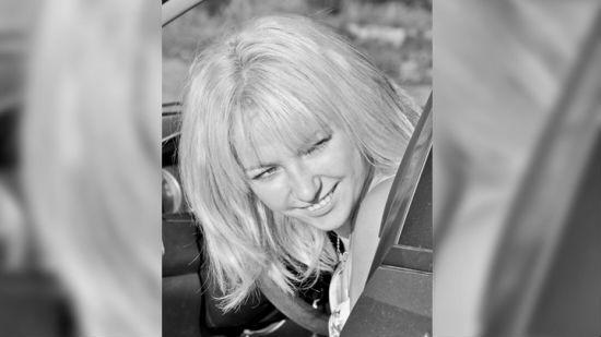 Женщина, которую в центре Воронежа переехал байкер, умерла в больнице