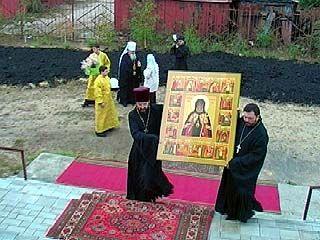 Частица мощей святителя Митрофана передана в Ивановскую область