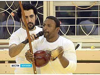 Чемпион Бразилии по капоэйро провел в Воронеже семинар