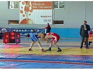 Чемпионат по греко-римской борьбе финишировал в Воронеже