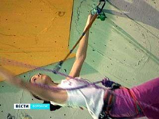 Чемпионат России по скалолазанию завершился в Воронеже