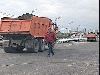 Чернавский мост снова проверили на прочность