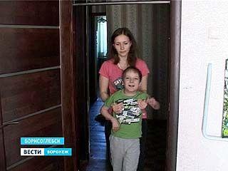 Чудеса всё-таки случаются - Никита Воробьев начинает ходить и говорить