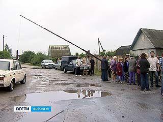 Дачные кооперативы на окраине Воронежа оказались заложниками частной подстанции